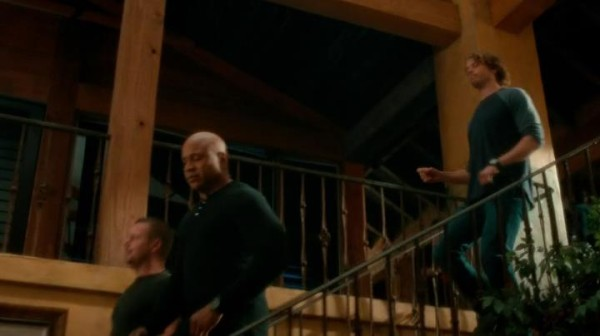 They're leaving Deeks behind ?? WHY ??