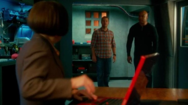 Tehe... they should have known they can't outrun Robot Hetty !!