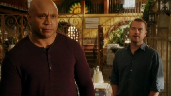 Callen helping Sam getting on... aww...