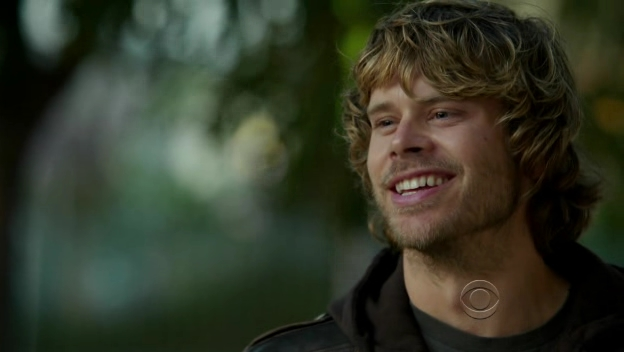 This week's fanfic call is about deeks and his old buddy ray…
