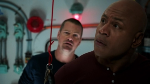 """What the hell are you doing there McGyver?"" Yay, my fave bromance is back already... :)"