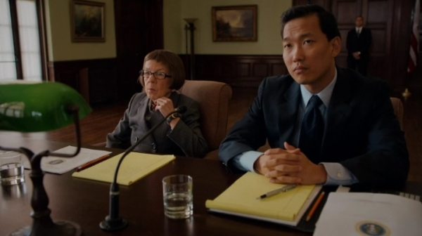 """Was there a question in there somewhere?"" Yeah, show 'em, Hetty !!"