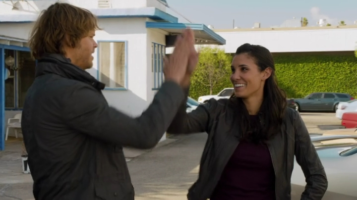 They are going snowboarding together... and the whole Densi fandom is high-fiving each other !! ;-)