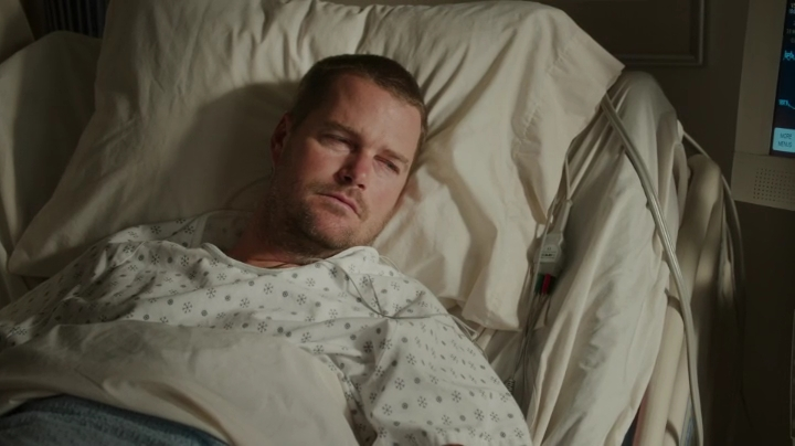 This whole hospital scene is worth sooo many pictures... I especially LOVED the reference that Callen regrets giving up looking for his father...