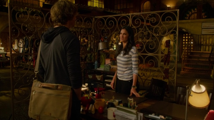 "#Densi taking the night off... but not without boosting its fandom to cloud 7... ""You're smile is so perfect."""