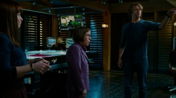 "Hetty baiting Deeks into telling her what he knows about ""The Woman""... Nice !!"