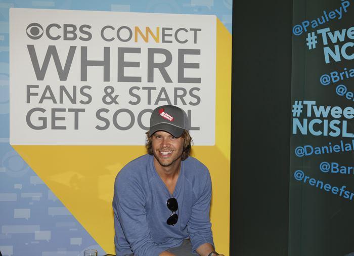 NCISLA Stars at CBS Tweet Week